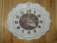Часы дерево.