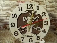 Часы дерево